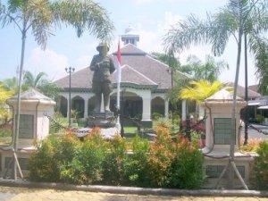 rumah dinas walikota solo house of city mayor of solo (1)